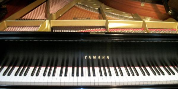yamaha-piano-c-7-07